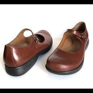 Dansko Leather Mary Jane Shoes Womens Size 38 EU